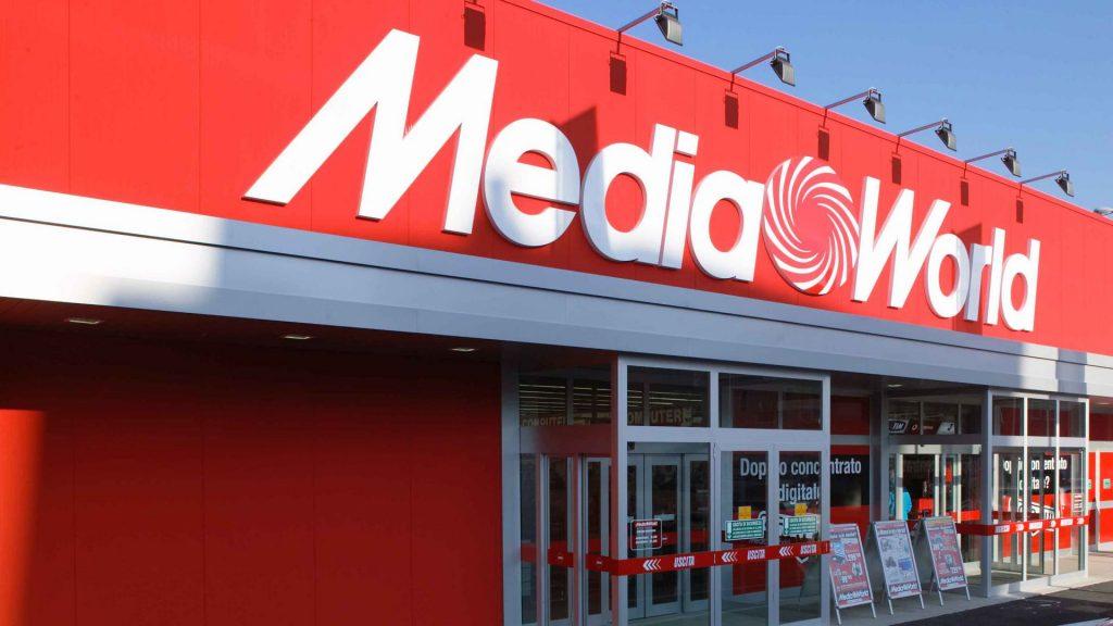 mediaworld store esterno