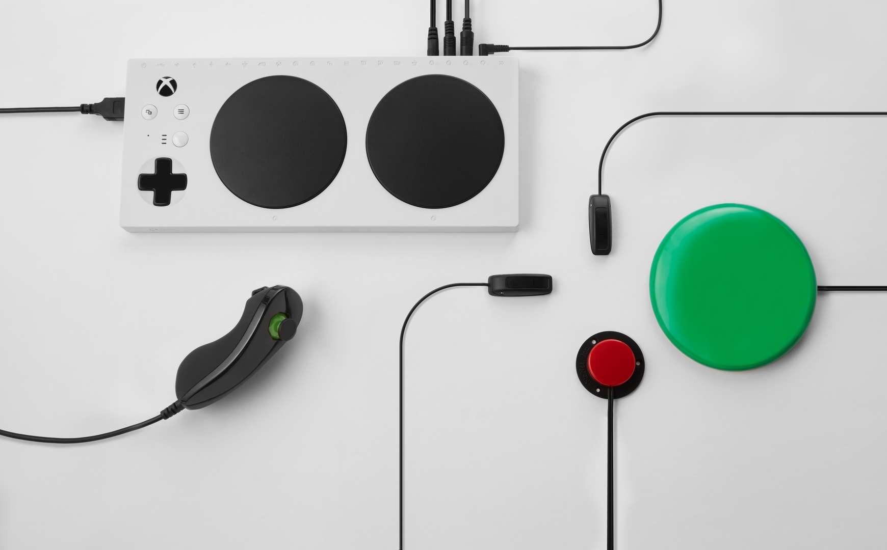 accessibilità videogiochi xbox adaptive controller